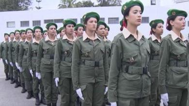 صورة 1100 شابة في التكوين الحالي للخدمة العسكرية