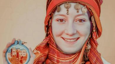 صورة التطريز شغف وفن.. شابات مغربيات يبعثن روحا عصرية في صنعة مهددة بالاندثار