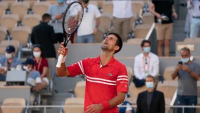 صورة فاز بجائزة العمر.. شاهد رد صبي على هدية لاعب تنس شهير