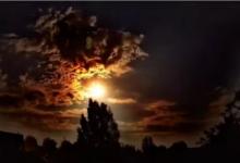 صورة مصور ينشر فيديو لنيزك أضاء سماء مدينة أميركية