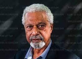 صورة جائزة نوبل للآداب 2021 تمنح للكاتب ال عبد الرزاق جرنة من تنزانيا والمقيم في بريطانيا